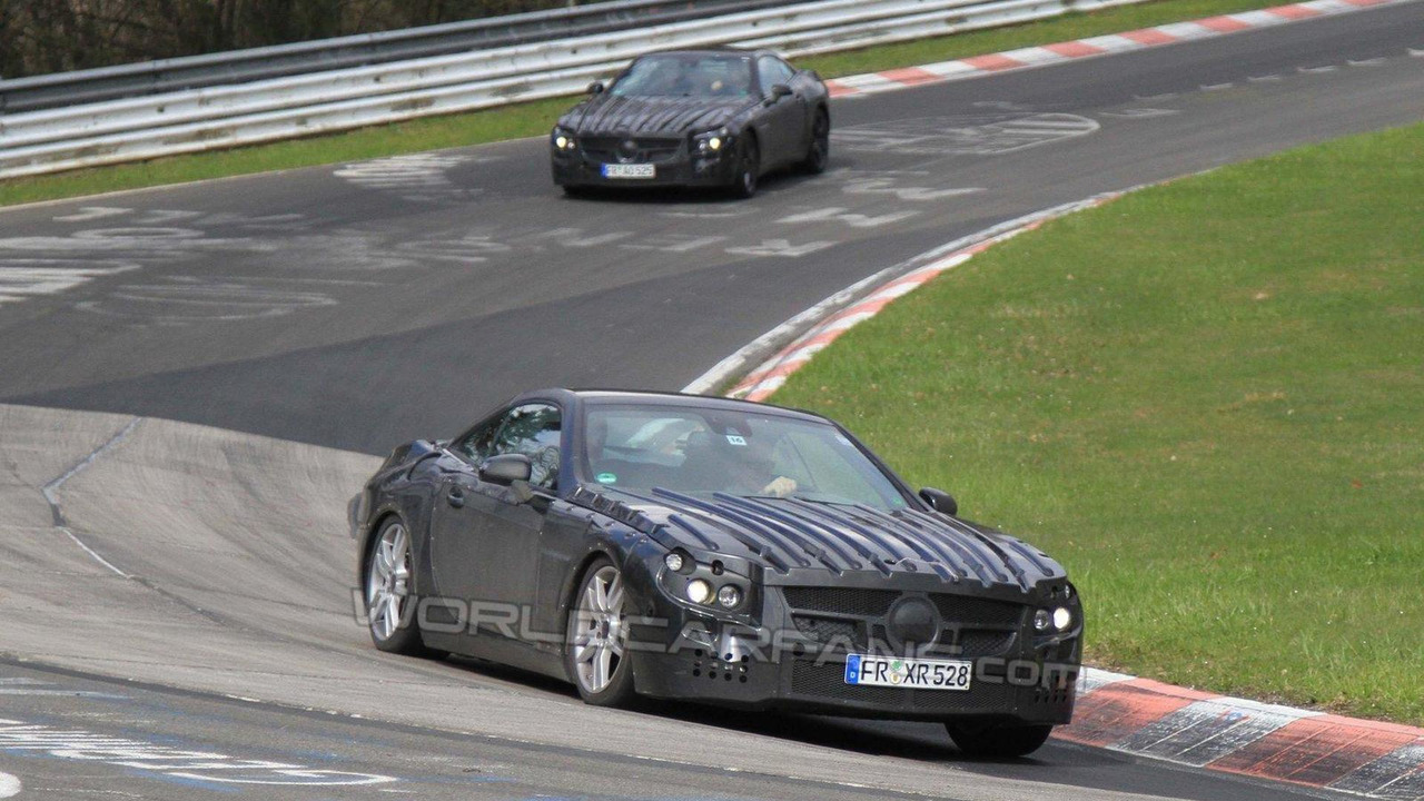 2013 Mercedes-Benz SL-Class prototype spy photos 22.04.2010