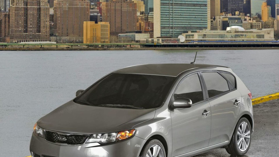 2011 Kia Forte 5-Door Hatchback Revealed in New York