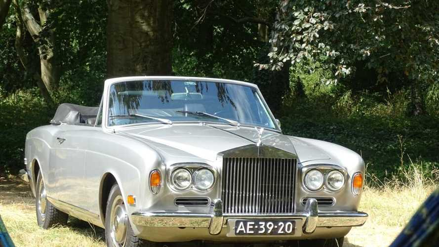 Boxing legend Muhammad Ali's Rolls Royce up for auction!