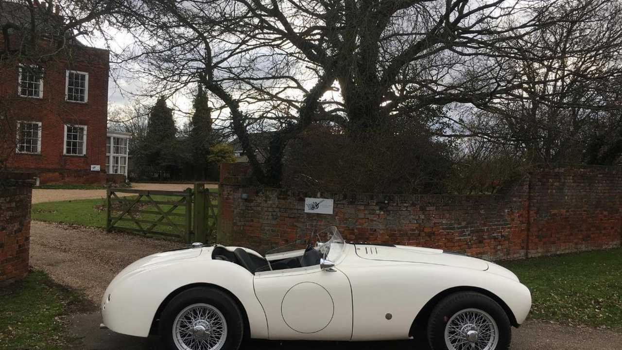 Classics for sale: 1948 AC Ace up for sale!