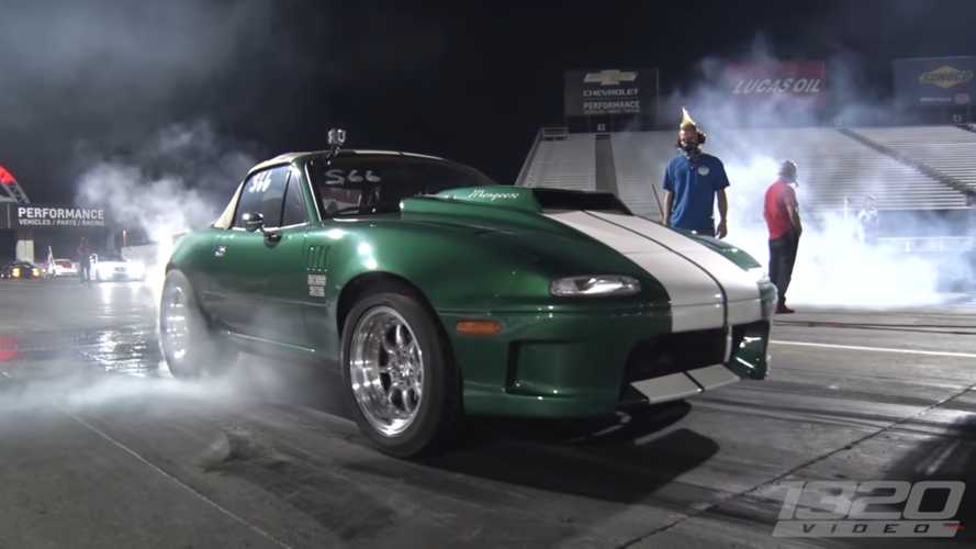 This mental monster MX-5 with V8 power conquers all at drag strip