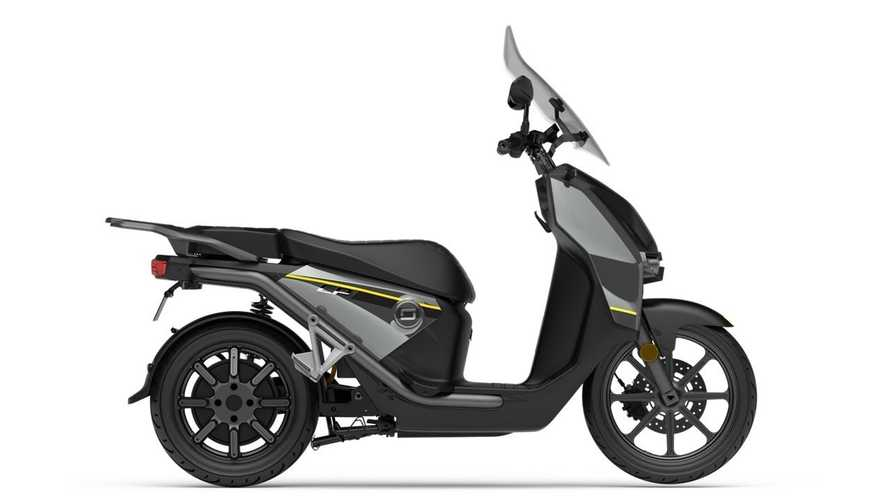 The Super Soco CPx Electric Maxi-Scooter Arrives In North America