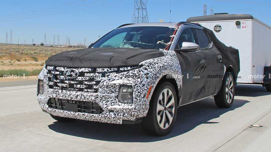 Hyundai Santa Cruz Spy Shots