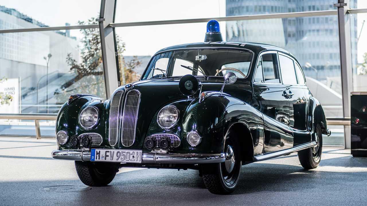 Polizeiautos in Deutschland: BMW 501/502