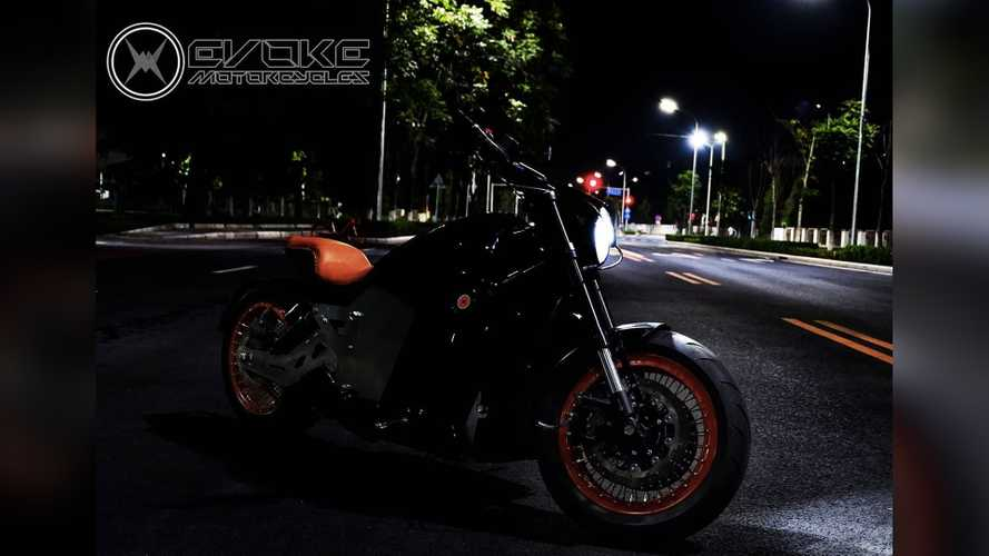 New Evoke 6061 Electric Power Cruiser Charges In 15 Minutes