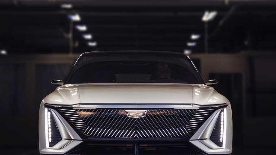 Cadillac Lyriq, çarpıcı tasarımı ve yüksek menzili ile ortaya çıktı