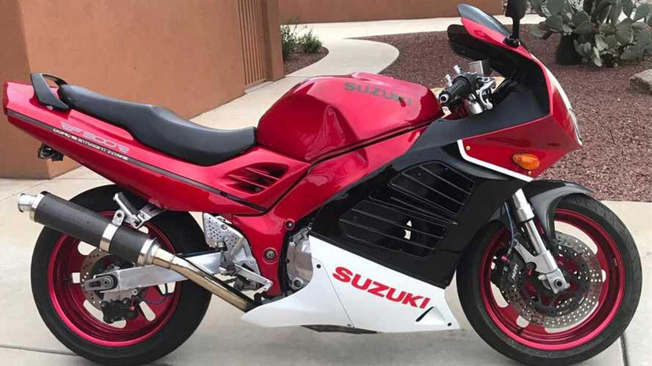1994 Suzuki RF900R Restomod