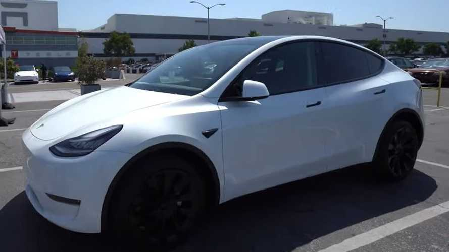 Perhaps Tesla Is Finally Fixing Model Y Quality Issues? Delivery Video