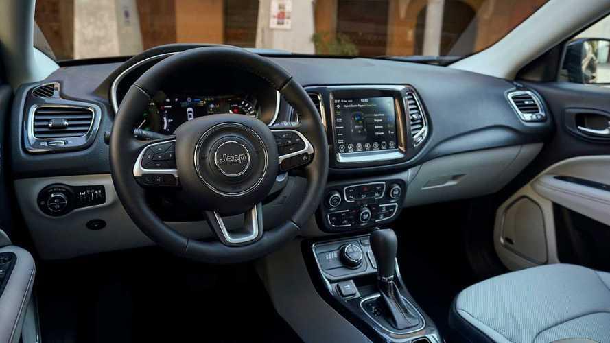 Volkswagen Tiguan vs Peugeot 3008 vs Jeep Compass
