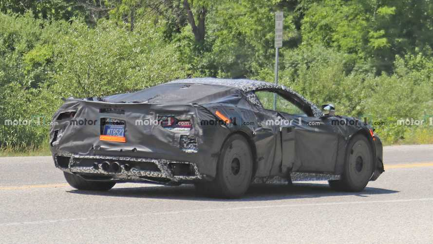 Chevy Corvette Z06 C8 coupe, convertible spied with centre exhaust