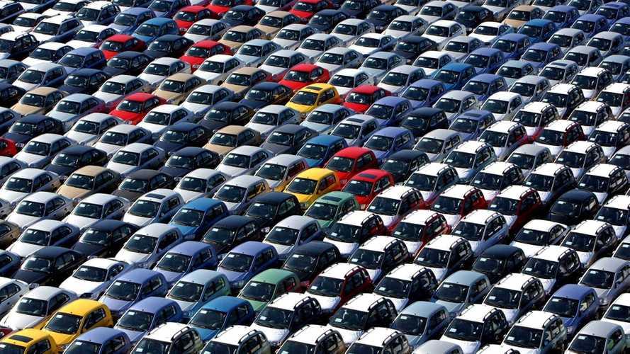 Mercato auto, l'Unrae preme per gli incentivi nel decreto Rilancio