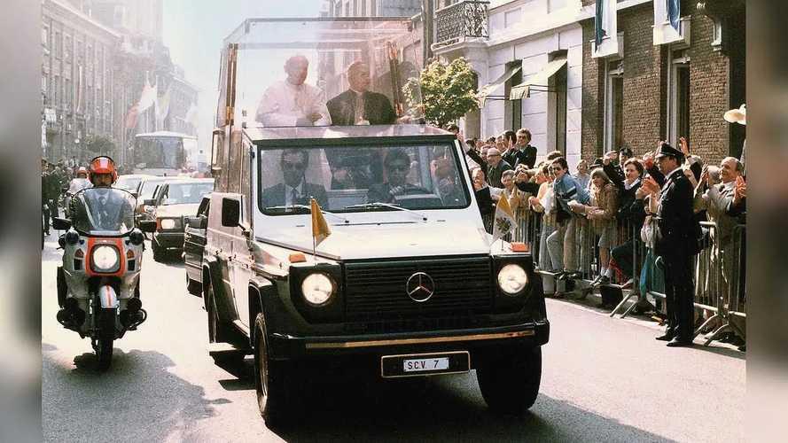 "40 Jahre ""Papamobil"" auf Basis Mercedes G-Klasse"