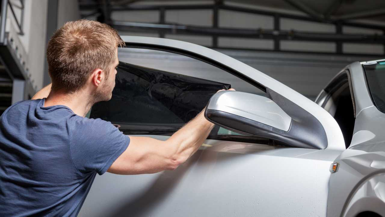 Advantages of Installing Best Quality Auto Window Tint Film