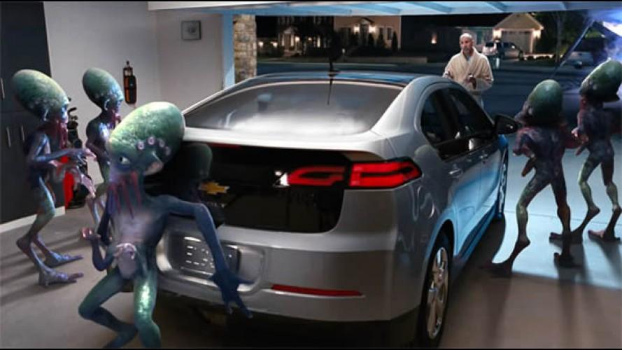 Super Bowl: Extra-terrestres tentam entender a tecnologia elétrica do Volt