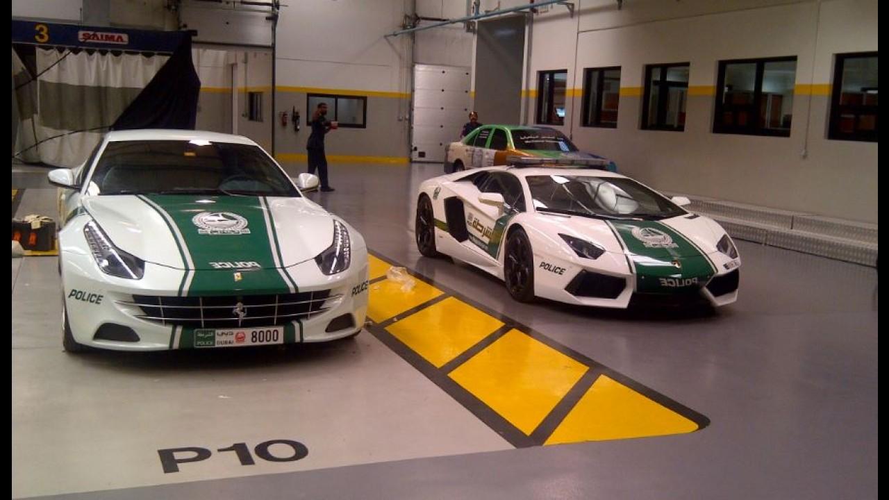 Bugatti Veyron se junta a superfrota da Polícia de Dubai