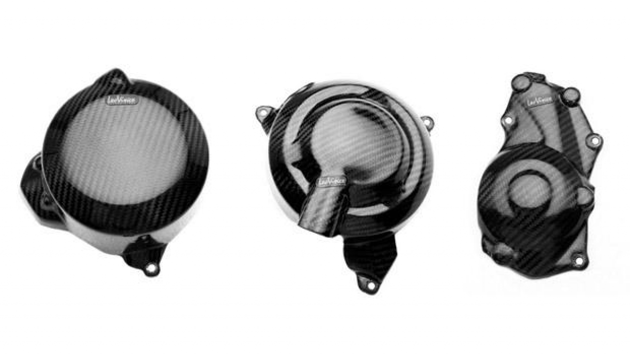 LeoVince: accessori in carbonio per Triumph Street Triple 675 2013
