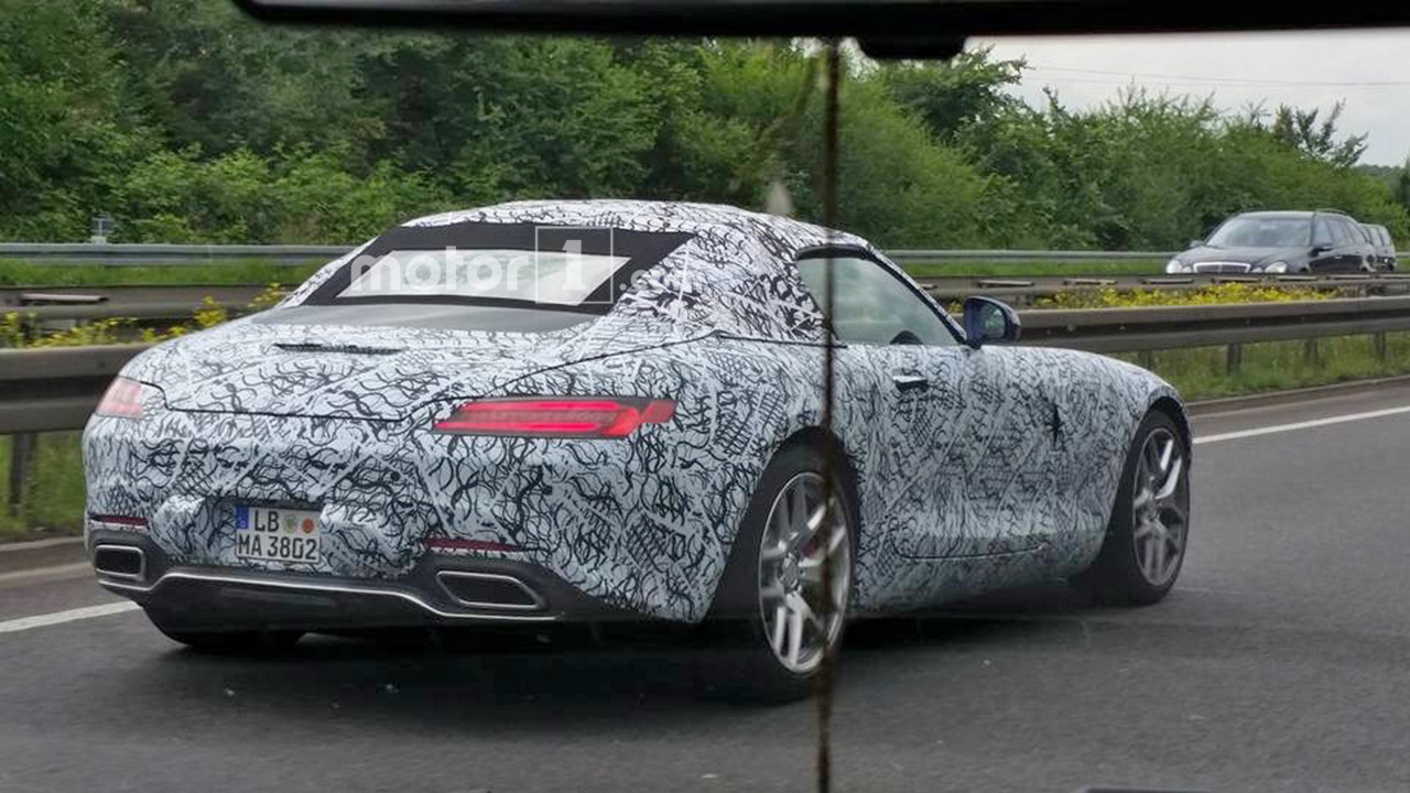 Mercedes-AMG GT Roadster spy photo