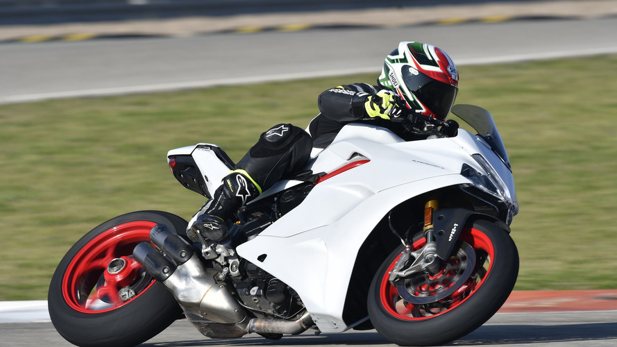2017 Ducati SuperSport Review