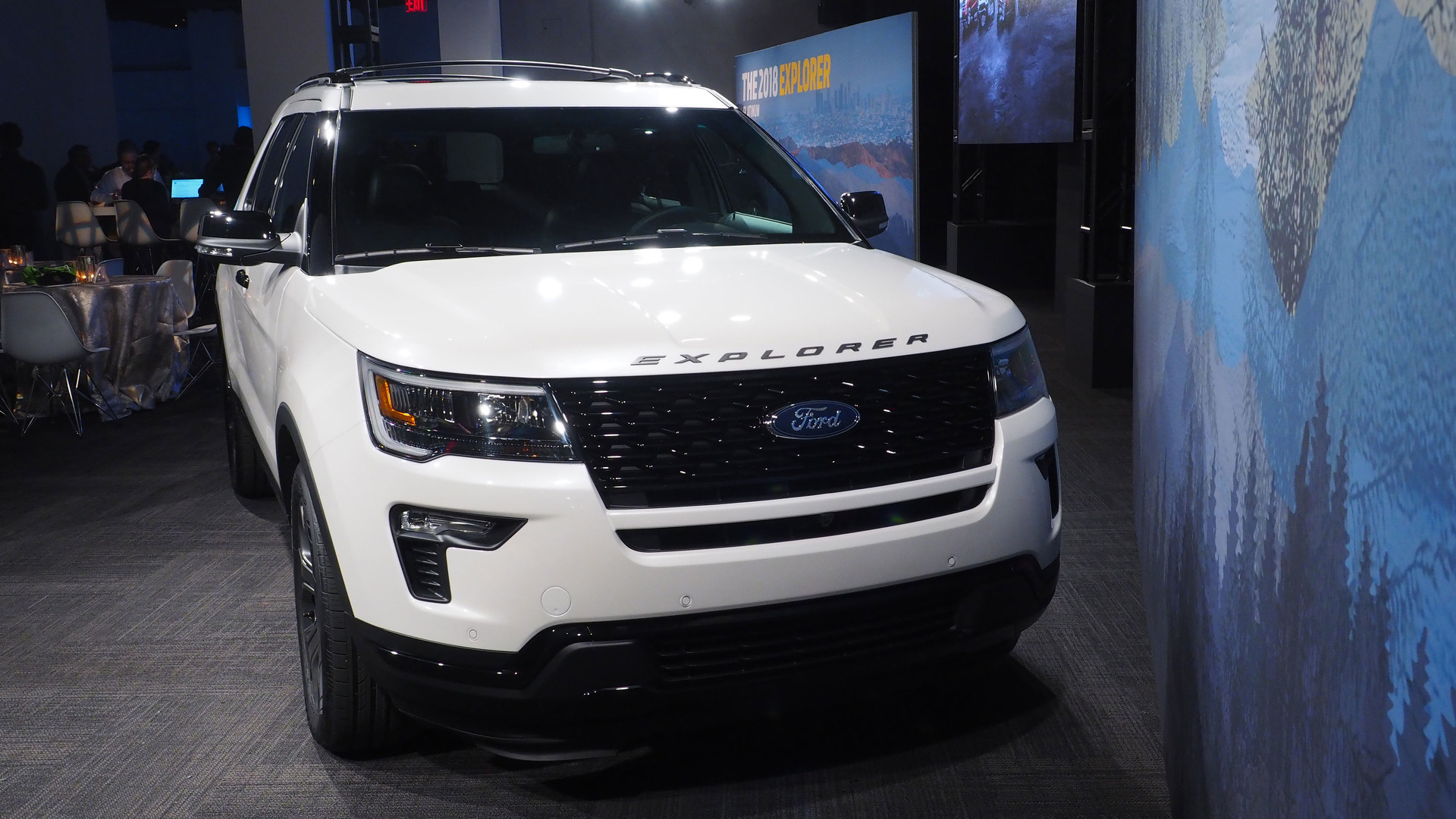 Ford Explorer Exhaust Leak >> Ford Explorer Owners Say The Suv Is Making Them Sick Literally