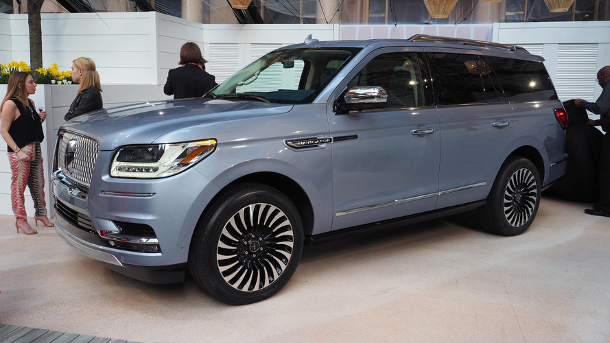 2018 Lincoln Navigator Looks Elegant In New York