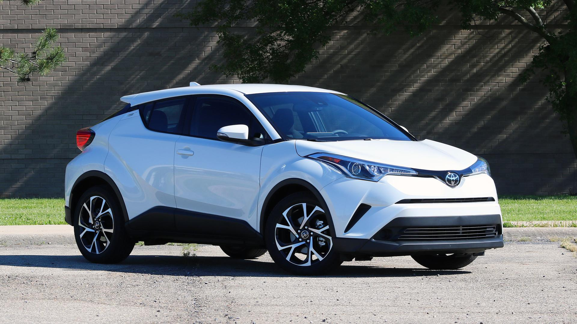 toyota c hr  2018 Toyota C-HR Review: Simply The Averagest