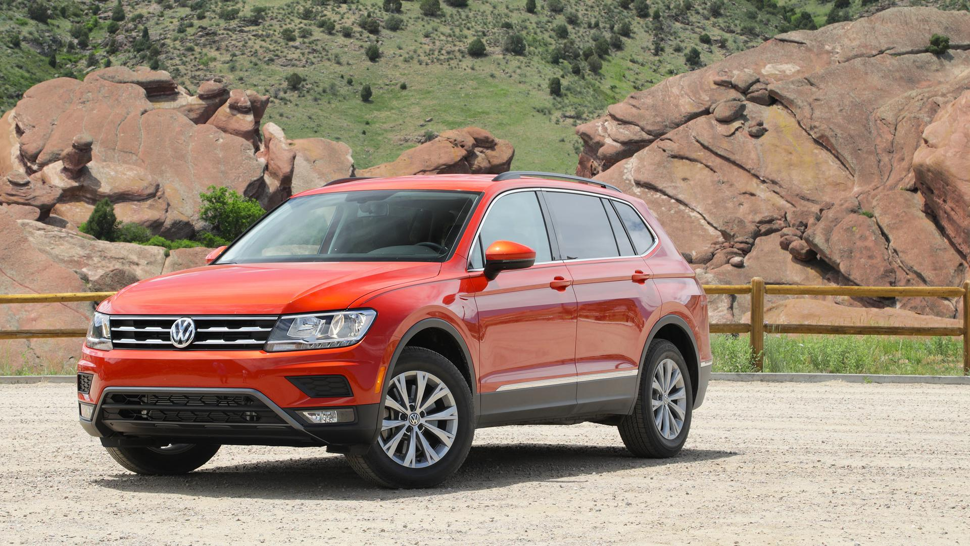 What Does Tiguan Mean >> 2018 Volkswagen Tiguan First Drive Weird In Name Only
