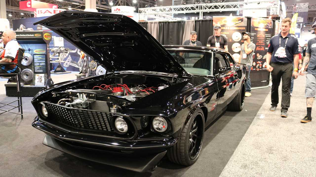 Ford Mustang Boss 429 Goes Back Into Production With 815 HP At SEMA