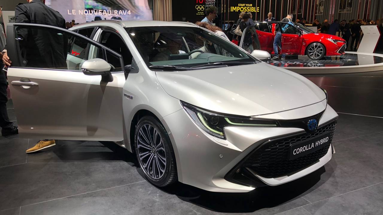 2019 Toyota Corolla Touring Sports Motor1 Com Photos
