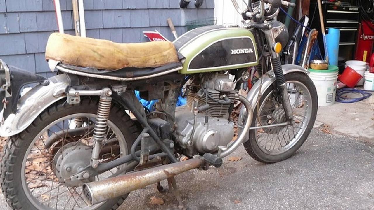 Custom: Metric Motorbike CB200