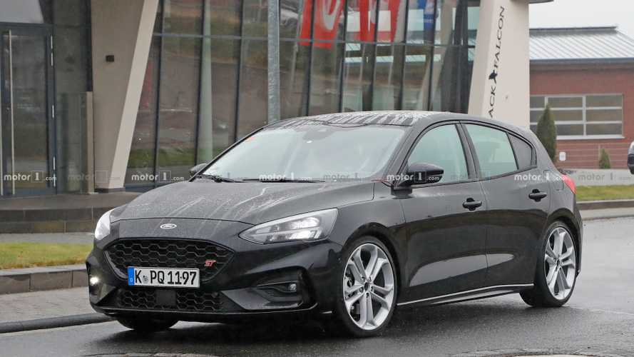 Ford-Bidden Fruit: Next Ford Focus ST Spied Completely Naked