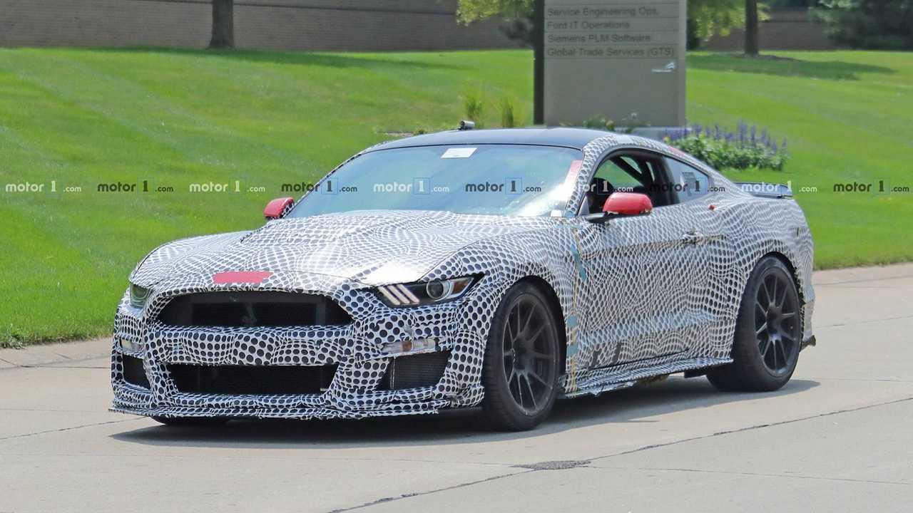 2019 Ford Mustang Shelby GT500 Pist Paketi Casus Fotoğrafları