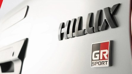 Toyota Hilux ganhará versão esportiva GR Sport em novembro