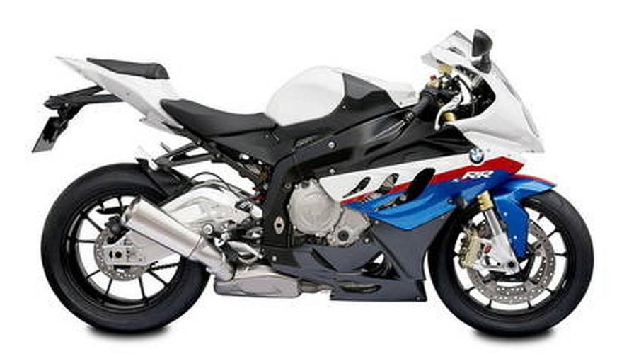 The 2010 BMW S1000RR looks much better in red, white and blue