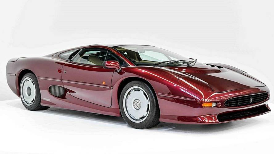 Великолепный Jaguar XJ220 выставили на продажу