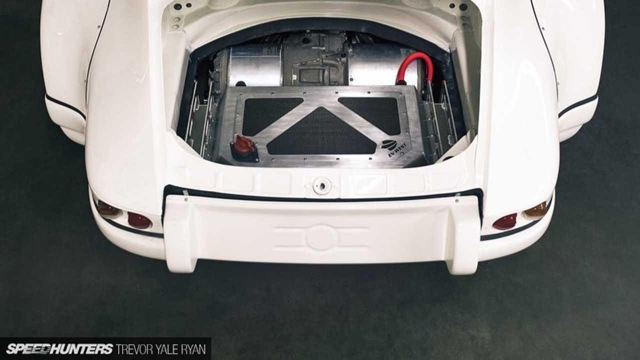 Porsche 911 E-RWB