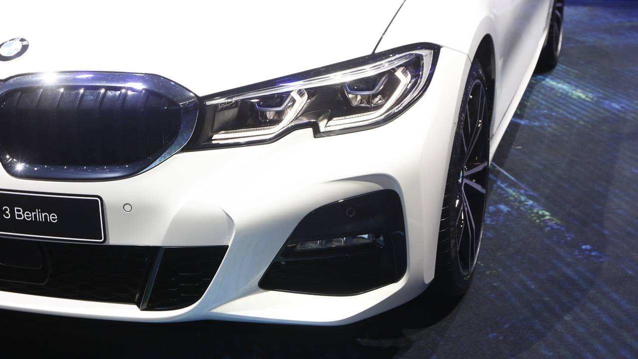2019 BMW 3 Series Debuts In Paris With Bigger Body And Bolder Look
