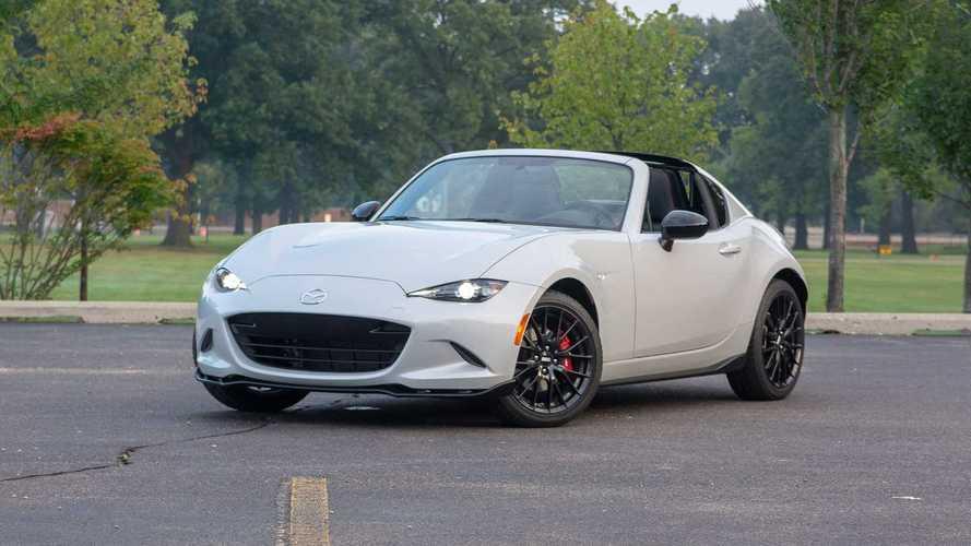 Mazda Miata RF'in geyik testini izleyin