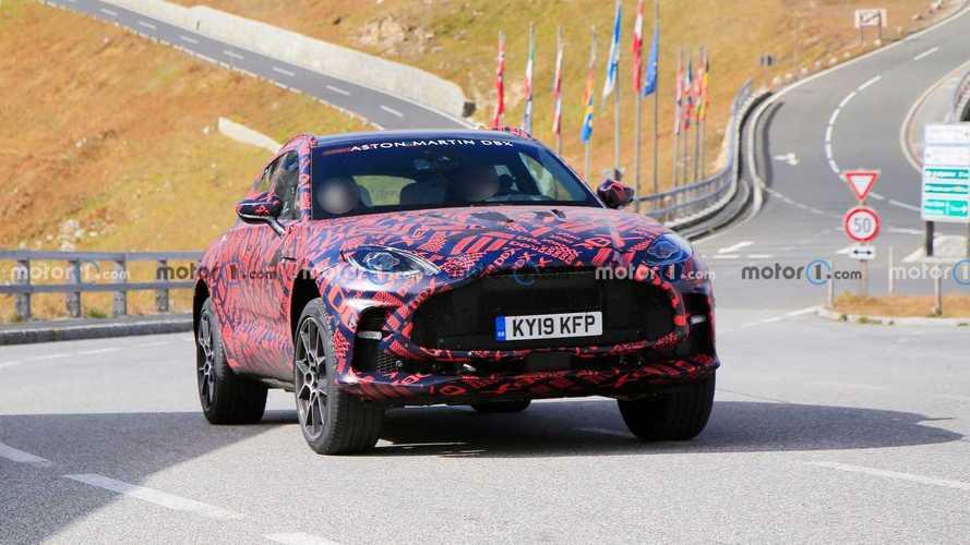 L'Aston Martin DBX cambia faccia con la versione S