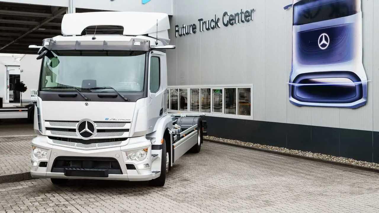 Mercedes-Benz eActros production start on October 7, 2021
