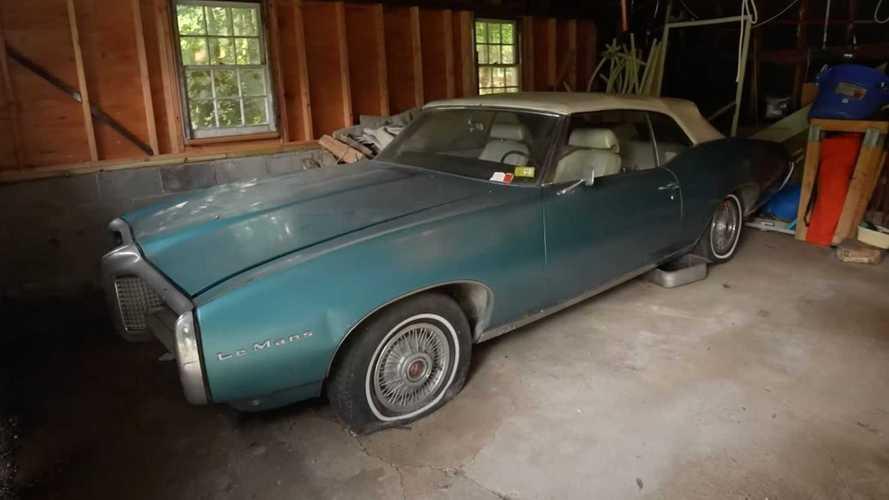 Menjijikkan, Pontiac LeMans Ini Baru Dicuci Setelah 22 Tahun