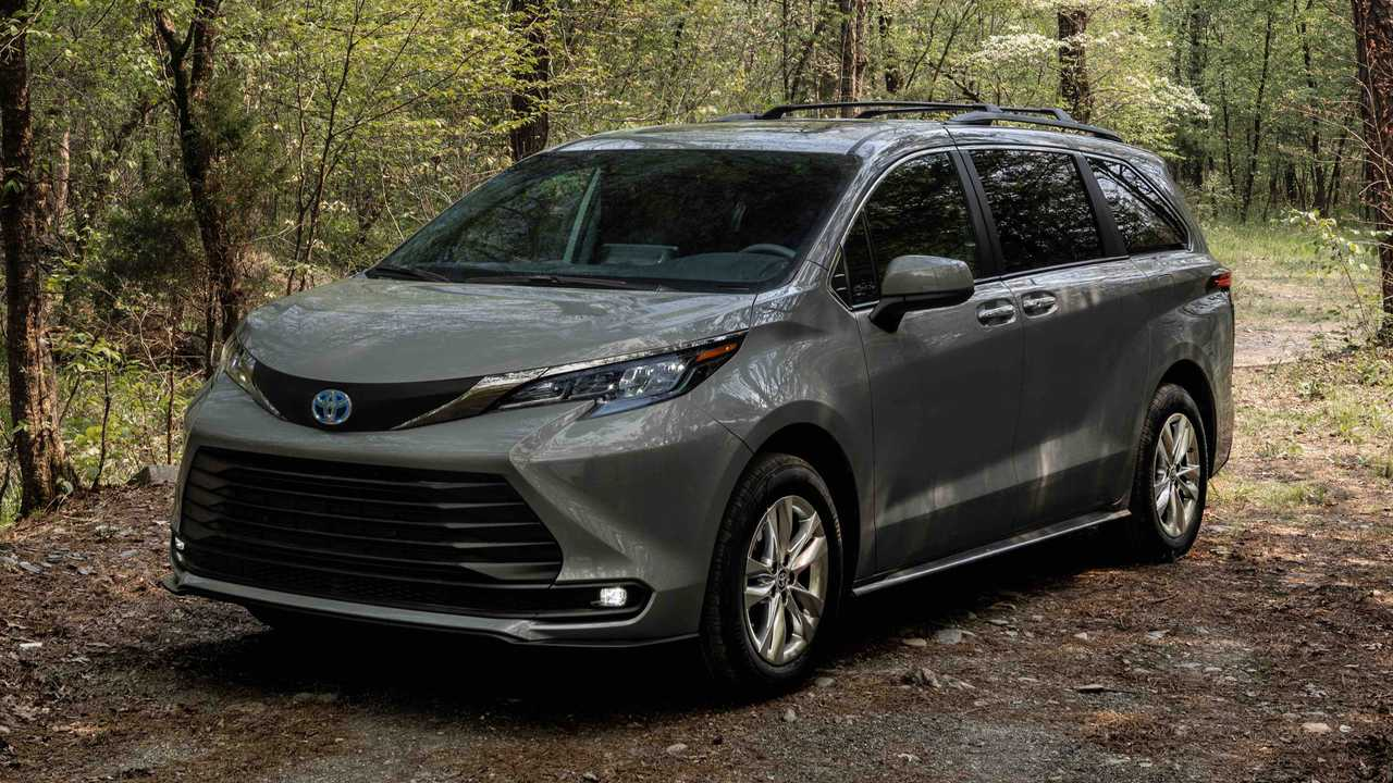 2022 Toyota Sienna Woodland Edition pricing.