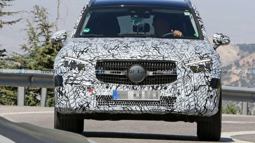 New Next-Gen Mercedes GLC Spy Shots