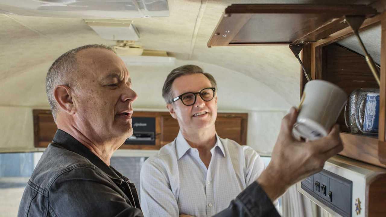 Том Хэнкс продает свой голливудский кемпер