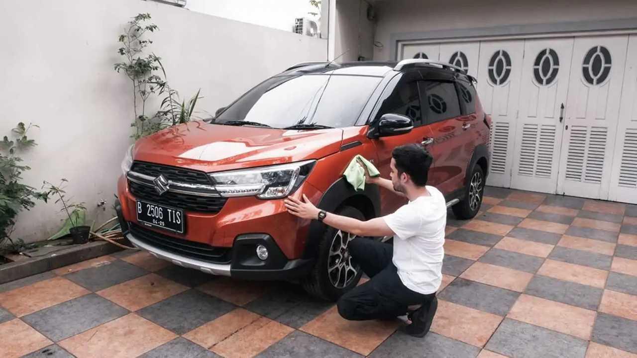 Manfaatkan PPKM untuk merawat kendaraan di rumah.
