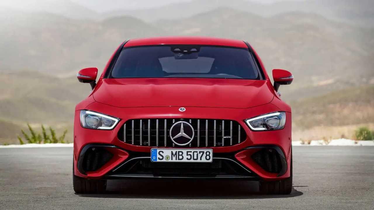 Produk Mercedes dan BMW akan tetap dibanderol mahal meski ada krisis chip.