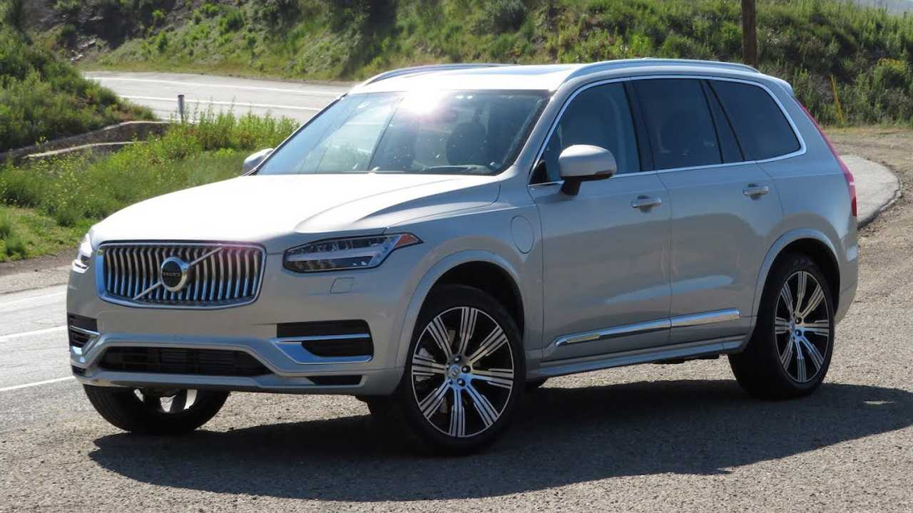 Should You Take A Volvo XC90 T8 PHEV Canyon Carving? - InsideEVs