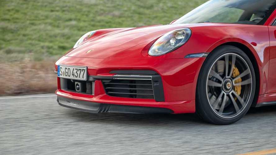 Porsche 911 Turbo S, Nissan GT-R ve BMW M8 Competition yarışıyor