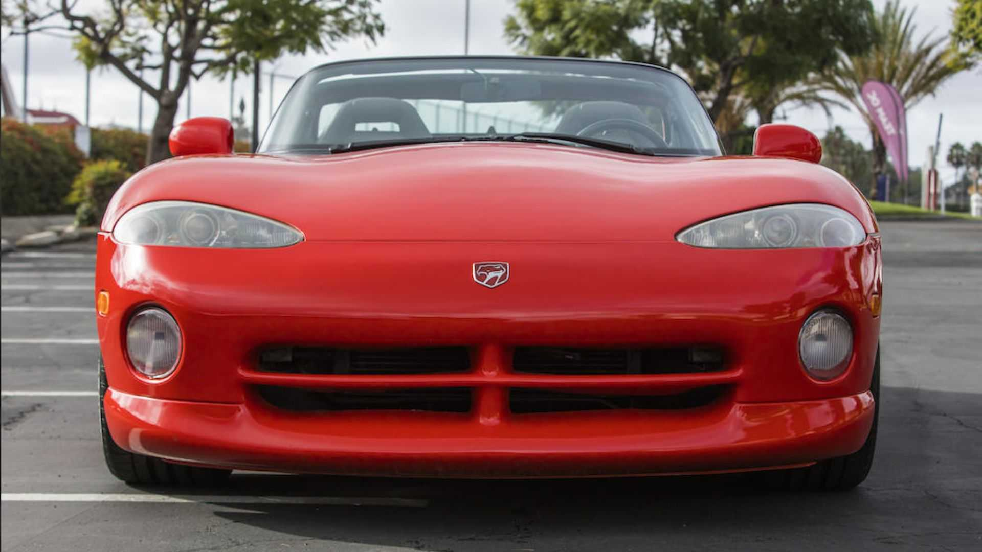 """[""""You Could Own Lee Iacocca's 1992 Dodge Viper RT/10""""]"""