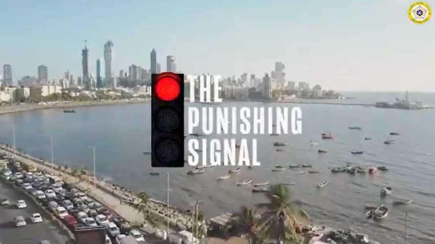 Светофор карающий: индийских водителей отучат шуметь