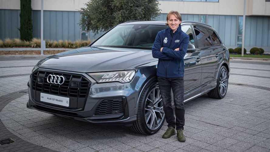 Átvették új szolgálati Audijukat a Real Madrid játékosai